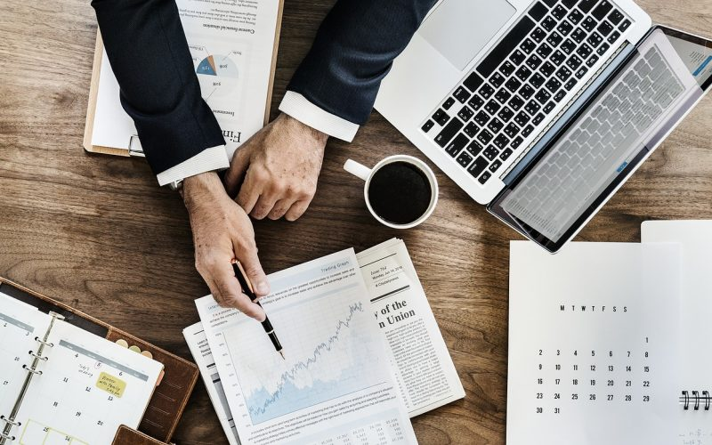 Mitä osakkeita kannattaa ostaa nyt? Mihin osakkeisiin sijoittaa?